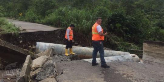 Desplome puente Pastaza/Riesgos Ecuador. Foto: Metro Ecuador