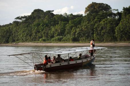 La canoa es una combinación entre la ingeniería ancestral y la tecnología de punta. Foto: El Espectador