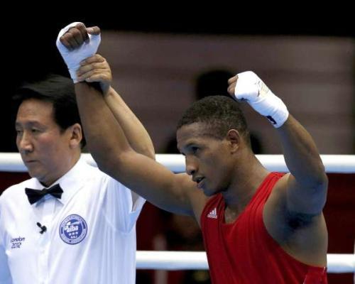 Experiencia. Carlos Góngora durante su época como boxeador amateur. Foto: La Hora