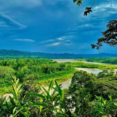 Desde lo alto en la provincia de Napo, en Ahuano Napo - Byron Granda