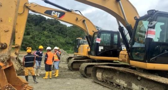 Técnicos de Arcom y del MAE fueron retenidos en Zamora Chinchipe. Foto: Ecuavisa
