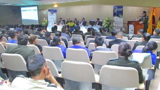 La rendición de cuentas se cumplió en el auditorio de la Gobernación de Zamora Chinchipe. Foto: La Hora