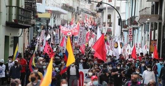 Advirtieron que los violentos disturbios de octubre de 2019 podrían tener una segunda vuelta si no escucha las demandas del pueblo. / Foto: EFE