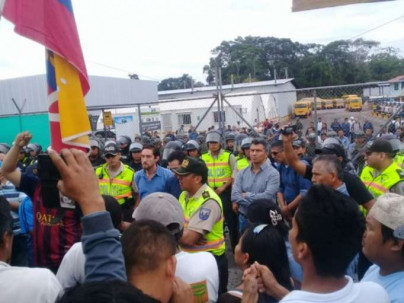 Se han producido algunas fricciones con la fuerza pública. Foto: La Hora