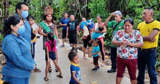 Petroecuador entregó senderos comunitarios a Yanayaku y San Carlos / Foto: cortesía Petroecuador