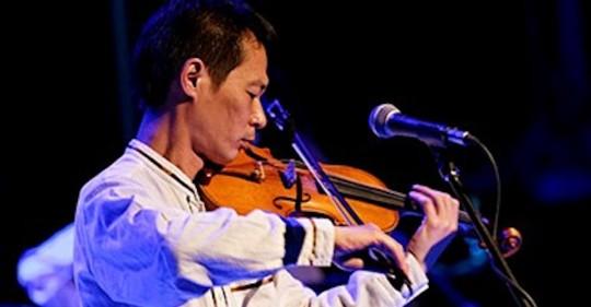 El violinista Tadashi Maeda falleció en Quito/ foto cortesía de la Fundación Nacional Teatro Sucre