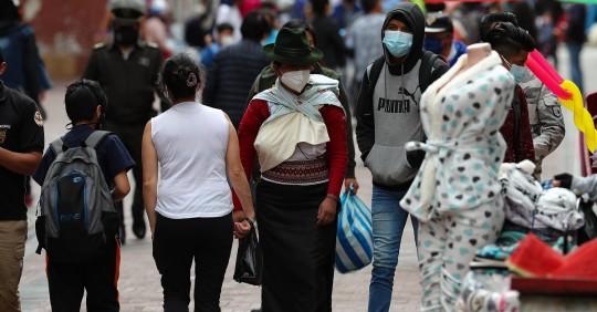 Ecuador suma 1.561 nuevos casos de covid-19 y acumula 19.061 fallecidos  / Foto: EFE