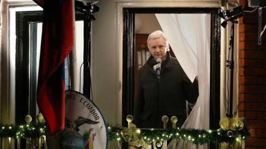 Julian Assange se encuentra asilado en la Embajada de Ecuador en Londres. Foto: Expreso
