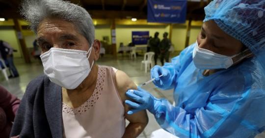 Covid-19: Más de un millón de dosis de vacuna aplicadas en el país  - Foto EFE