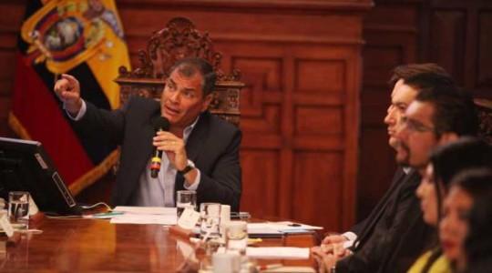 Rafael Correa Delgado en un conversatorio con la prensa. Foto: Paúl Rivas Bravo / EL COMERCIO
