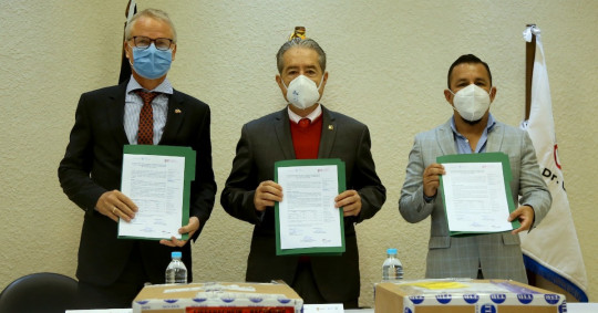 Covid-19: Alemania donó a Ecuador 50.800 test PCR / Foto cortesía Ministerio de Salud