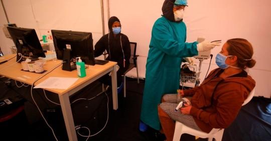 Ecuador suma 2.153 nuevos casos de covid-19/ Foto: EFE