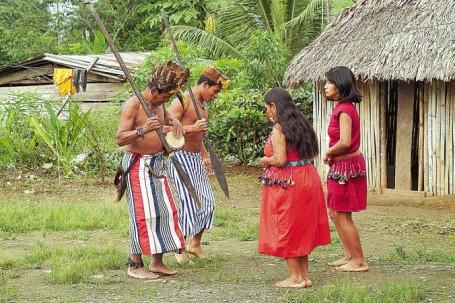 Según los expertos, en la juventud y en los mayores de 40 años se evidencia desconocimiento de las lenguas ancestrales. Foto: La Hora