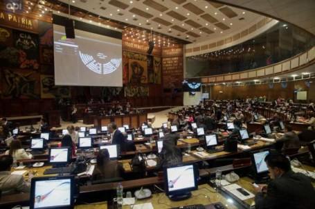 Curul. El debate se llevó a cabo en el Pleno de la Asamblea Nacional. Foto: La Hora