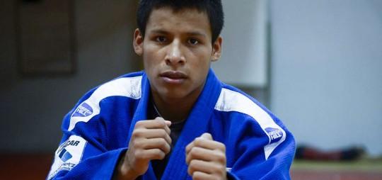 Emanuel practica judo desde los 14 años. En 3 años seguidos cosechó dos títulos internacionales. Foto: El Telégrafo