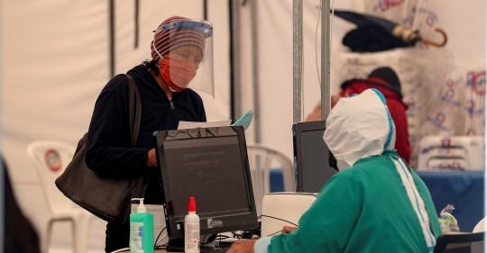 Ecuador suma 1.510 contagios en un día y acumula 155.625 casos de Covid-19 / Foto: EFE