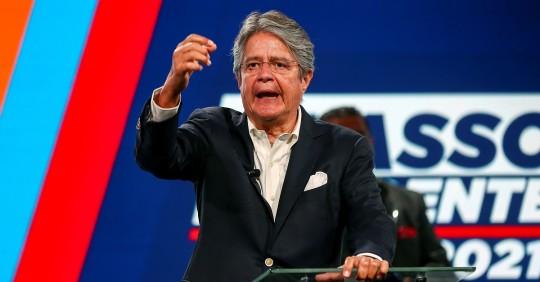 Guillermo Lasso aboga por bajar impuestos al presentar campaña / Foto: EFE