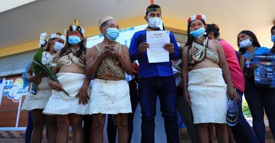 Waoranis demandan a petrolera china por el cambio climático / Foto: EFE