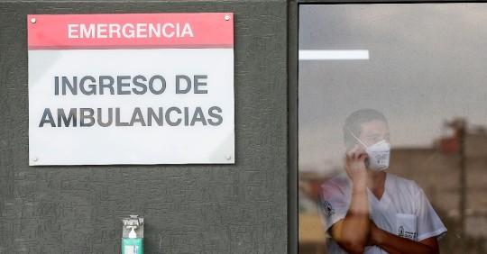 Baja demanda hospitalaria por covid, pero la situación es sensible / Foto: EFE