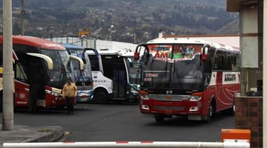 El transporte interprovincial de pasajeros continuará suspendido, pero el transporte de encomiendas se reanudará. Foto: Archivo / EL COMERCIO Imagen referencial.
