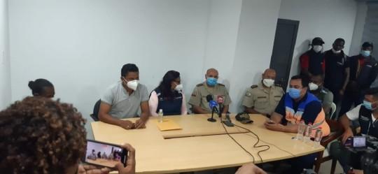 Cinco muertos en alud que sepultó a 8 en excavación minera ilegal en Ecuador / Cortesía de SNGRE