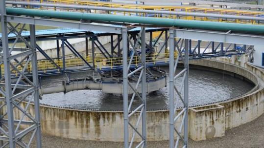 Asignación. La concesión minera a ECSA se realizó en 2012, en el gobierno de Rafael Correa. Foto: Expreso