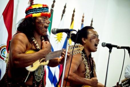 El grupo musical Tawasap en una de sus presentaciones en Morona Santiago. Foto: La Hora