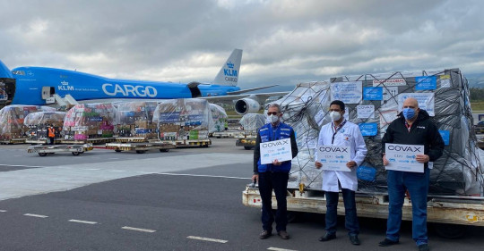 Ecuador recibe 336.000 vacunas de AstraZeneca bajo la iniciativa Covax. Foto / Cortesía Presidencia