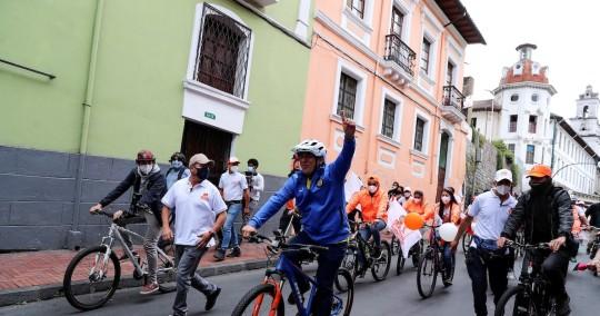 Andrés Arauz ganaría la primera vuelta en Ecuador, según las encuestas / Foto EFE