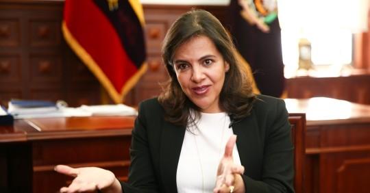 Gobierno espera que Interpol emita notificación roja contra Correa / Foto: EFE