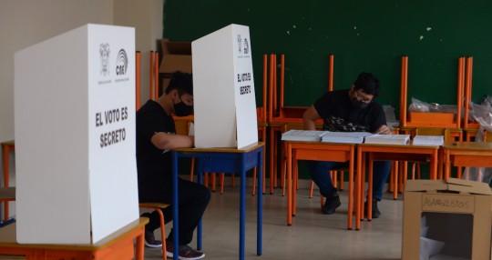 Conflicto electoral amenaza con recrudecer pugna por segundo lugar / Foto EFE