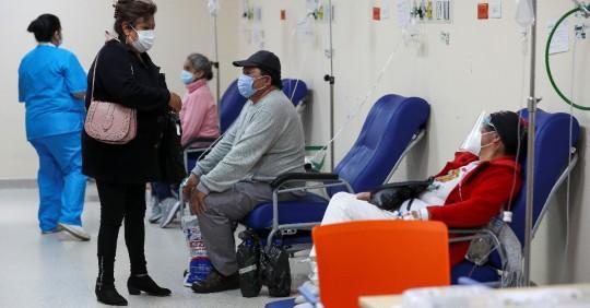 Ecuador suma 3.027 nuevos casos de covid-19 y acumula 380.689 / Foto: EFE
