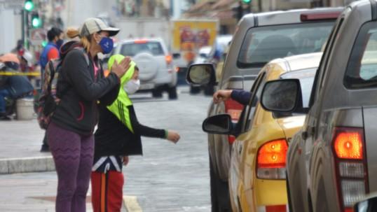 Ecuador retrocedió 10 años en pobreza durante la pandemia, según estudio / Foto: Primicias