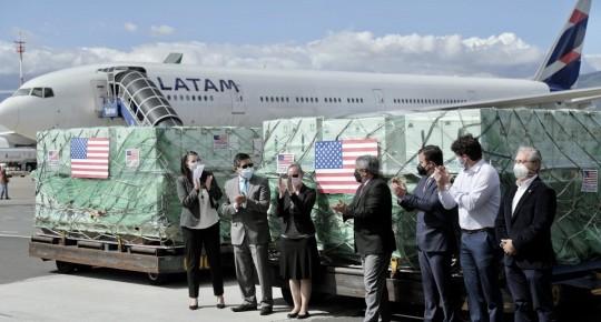 Ecuador recibe otro millón de vacunas de Pfizer donadas por Estados Unidos / Foto: cortesía Vicepresidencia
