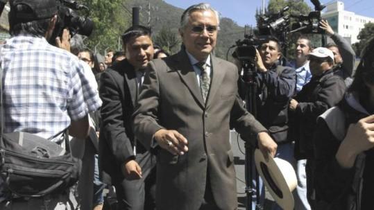 El expresidente Rafael Correa también fue llamado a declarar por la negociación del bloque. Foto: Expreso