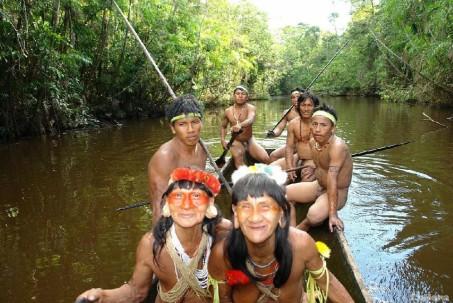 Los waoranis realizan diversas actividades en su territorio. Foto: La Hora