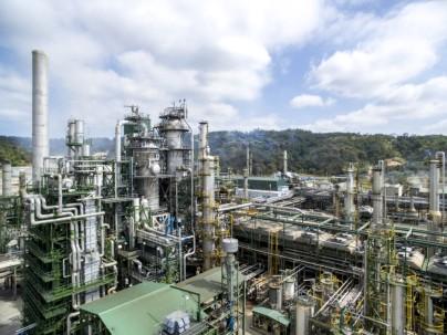 Panorámica de la Refinería Estatal de Esmeraldas, la mayor planta industrial de Ecuador. - Foto: Ministerio de Energía y Recursos No Renovables . Foto: Primicias
