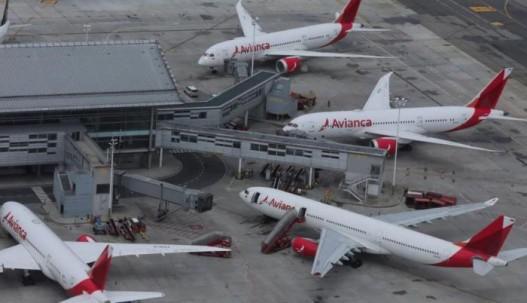 La aerolínea señaló que Colombia, Ecuador y El Salvador son esenciales para la compañía.AFP.