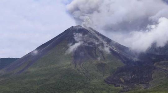 El Reventador empezó su actual proceso eruptivo en 2002. Foto: Archivo / EL COMERCIO