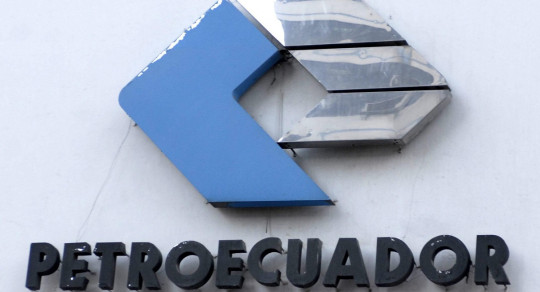 La fusión de las petroleras estatales Petroecuador y Petroamazonas dará origen, a partir del 1 de enero, que arrancará con más de 10.000 empleados. Foto: EFE