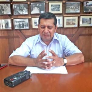 Ángel Mendoza pide a la ciudadanía cuidar los espacios públicos. Foto: La Hora