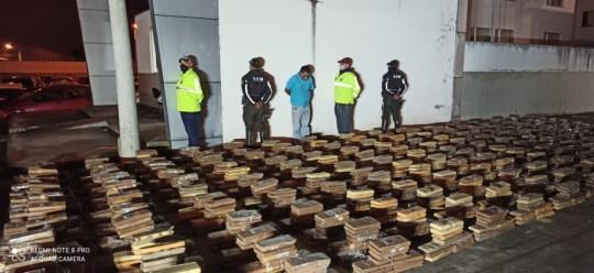 Policía decomisa 2,5 toneladas de marihuana en Carchi / Cortesía del Ministerio de Gobierno
