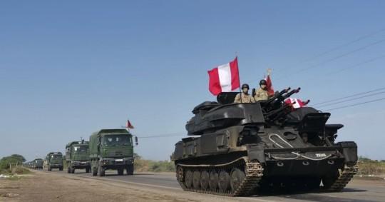 Perú despliega al Ejército en frontera con Ecuador contra inmigración ilegal / foto EFE