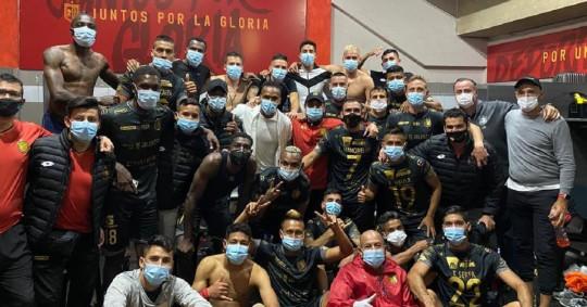 Deportivo Cuenca terminó con el invicto de Barcelona / Foto: EFE