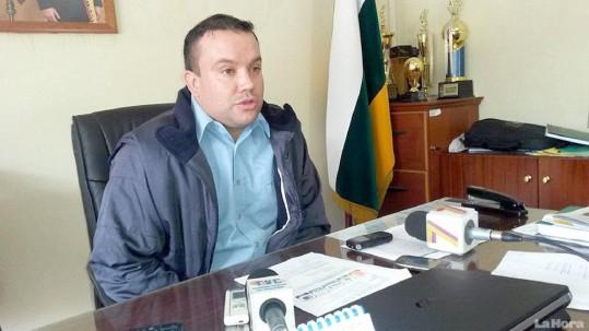 FUNCIONARIO. Cristian Carrillo, director provincial del MTOP.