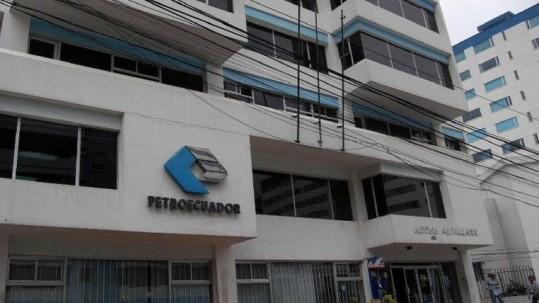 En julio de 2018, Petroecuador tenía 4.464 servidores. Foto: Expreso