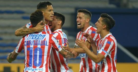 Emelec cayó en Guayaquil y quedó eliminado de la Copa Sudamericana El Unión de Santa  / Foto: EFE
