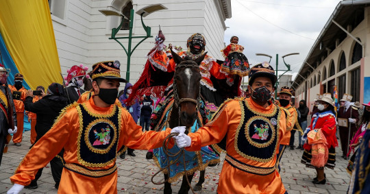 La Mama Negra: un rito que ahora encara al coronavirus / Foto: EFE