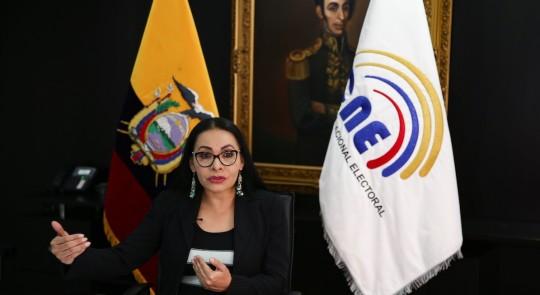 Ecuador, cerca de cerrar el escrutinio de las últimas actas de las elecciones / Foto EFE