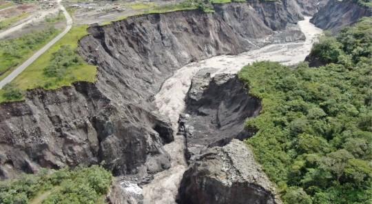 Celec emite declaración de emergencia por regresión del río Coca - Foto: El Oriente